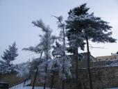 Zima dobývá hradby