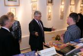 Předseda Senátu navštívil galerii