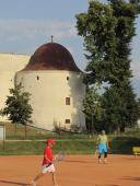 019 Působení slunce na stavbu renesančního zámku při sportovní činnosti (6)