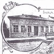 Škola v Lověšicích