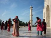 0052 Úsměv před chrámem,  Taj Mahal