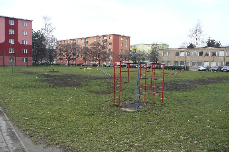 hřiště Jasínkova - původní stav, obrázek se otevře v novém okně