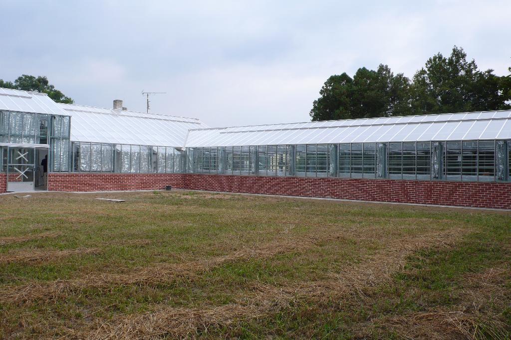 skleníky Michalov po rekonstrukci 3, obrázek se otevře v novém okně