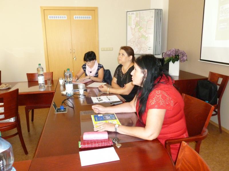 Pracovní schůzka, obrázek se otevře v novém okně