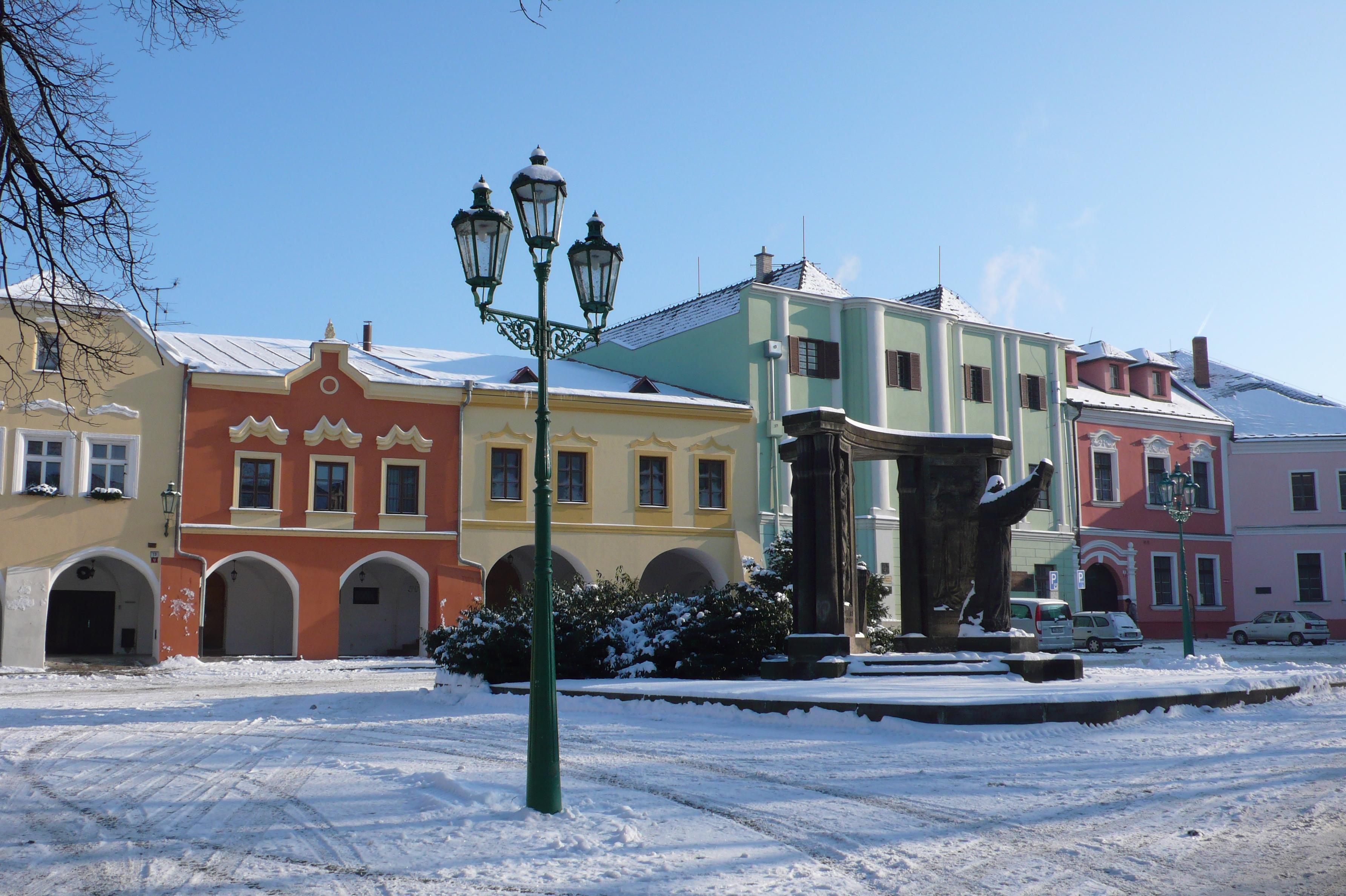 Horní náměstí v zimě, obrázek se otevře v novém okně