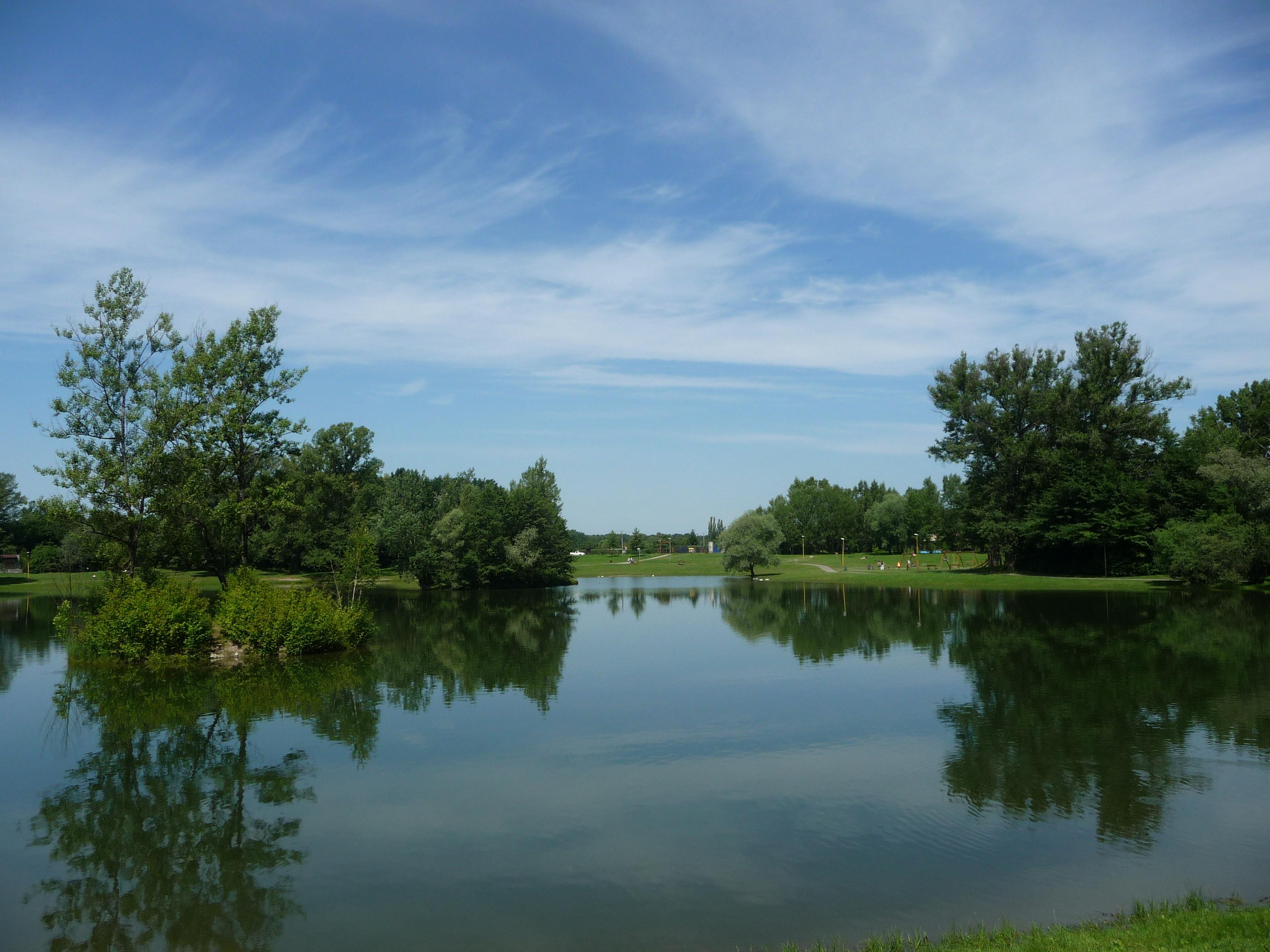 Areál lagun, obrázek se otevře v novém okně