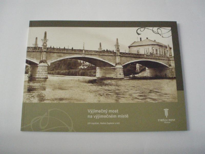 Výjimečný most na výjimečném místě, obrázek se otevře v novém okně