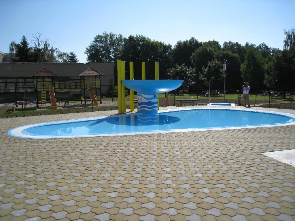 venkovní bazének - po realizaci, obrázek se otevře v novém okně