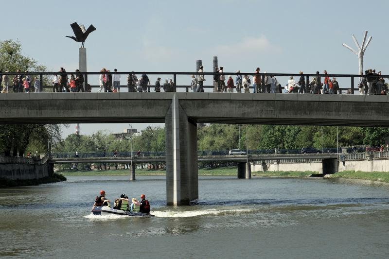 Tyršův most2, obrázek se otevře v novém okně