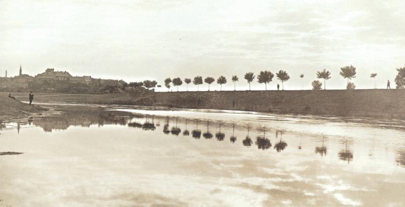 Rybářská alej 1, obrázek se otevře v novém okně