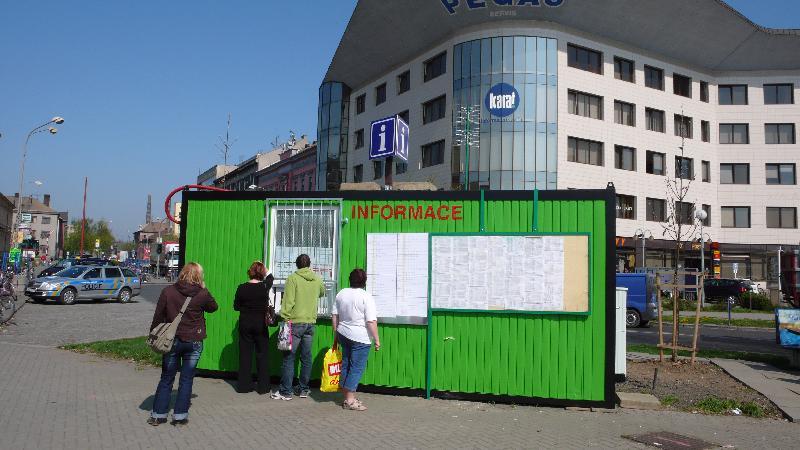 provizorní informační centrum, obrázek se otevře v novém okně